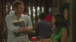 Michael Williams, Priya Kapoor in Neighbours Episode 6321