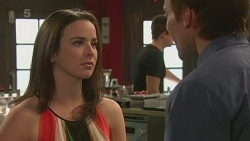 Kate Ramsay, Rhys Lawson in Neighbours Episode 6321