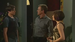 Corey O'Donahue, Paul Robinson, Sophie Ramsay in Neighbours Episode 6322