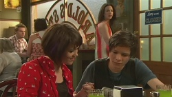 Sophie Ramsay, Kate Ramsay, Corey O'Donahue in Neighbours Episode 6322