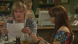 Andrew Robinson, Summer Hoyland in Neighbours Episode 6323