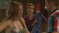 Sonya Mitchell, Susan Kennedy, Toadie Rebecchi in Neighbours Episode 6323