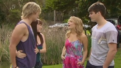 Andrew Robinson, Summer Hoyland, Natasha Williams, Chris Pappas in Neighbours Episode 6324
