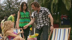 Natasha Williams, Emilia Jovanovic, Lucas Fitzgerald in Neighbours Episode 6324
