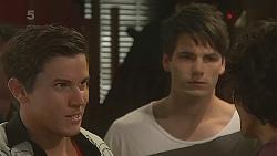 Vaughn Redden, Chris Pappas in Neighbours Episode 6325