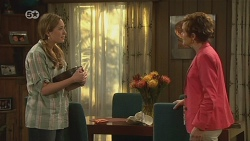 Sonya Mitchell, Susan Kennedy in Neighbours Episode 6326
