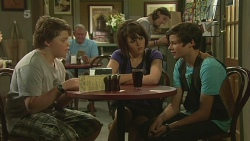Callum Jones, Sophie Ramsay, Corey O'Donahue in Neighbours Episode 6327