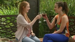 Erin Salisbury, Kate Ramsay in Neighbours Episode 6327