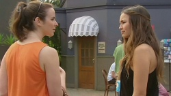 Kate Ramsay, Jade Mitchell in Neighbours Episode 6327