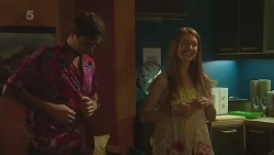 Luke Malicki, Erin Salisbury in Neighbours Episode 6332