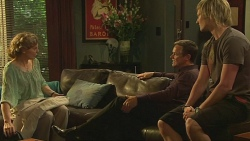 Roz Challis, Paul Robinson, Andrew Robinson in Neighbours Episode 6335
