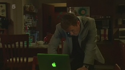 Paul Robinson in Neighbours Episode 6335