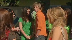 Summer Hoyland, Bianca Dawson, Andrew Robinson, Natasha Williams in Neighbours Episode 6337