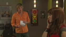 Andrew Robinson, Summer Hoyland in Neighbours Episode 6337