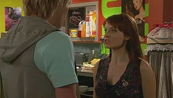 Andrew Robinson, Summer Hoyland in Neighbours Episode 6339