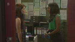 Summer Hoyland, Priya Kapoor in Neighbours Episode 6339