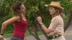 Jade Mitchell, Sonya Mitchell in Neighbours Episode 6341