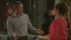 Paul Robinson, Susan Kennedy in Neighbours Episode 6342