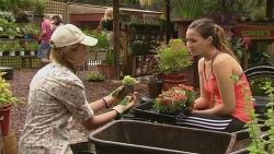 Sonya Mitchell, Jade Mitchell in Neighbours Episode 6344