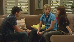 Chris Pappas, Andrew Robinson, Summer Hoyland in Neighbours Episode 6345