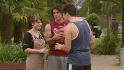 Summer Hoyland, Aidan Foster, Chris Pappas in Neighbours Episode 6345