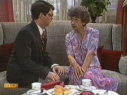David Bishop, Nell Mangel in Neighbours Episode 0726