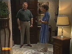 Harold Bishop, Nell Mangel in Neighbours Episode 0728