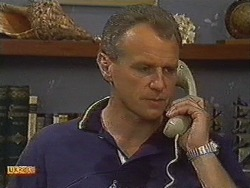Jim Robinson in Neighbours Episode 0728