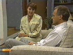 Beverly Marshall, Jim Robinson in Neighbours Episode 0729