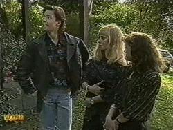 Mike Young, Jane Harris, Prue Watkins in Neighbours Episode 0732