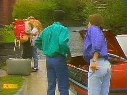 Scott Robinson, Charlene Mitchell, Pete Baxter, Mike Young in Neighbours Episode 0751