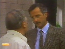 Rob Lewis, Ian Chadwick in Neighbours Episode 0752