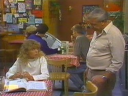 Charlene Robinson, Rob Lewis in Neighbours Episode 0752