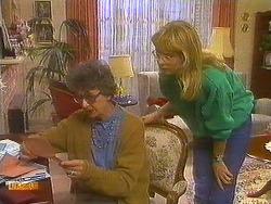 Nell Mangel, Jane Harris  in Neighbours Episode 0754