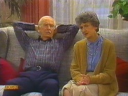 John Worthington, Nell Mangel  in Neighbours Episode 0754