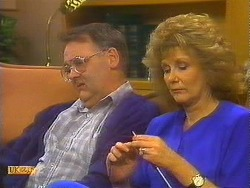 Harold Bishop, Madge Bishop in Neighbours Episode 0755
