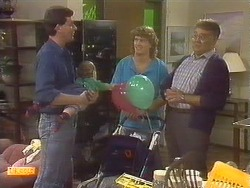 Des Clarke, Jamie Clarke, Henry Ramsay, Harold Bishop in Neighbours Episode 0756