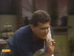 Des Clarke in Neighbours Episode 0756