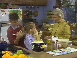 Todd Landers, Katie Landers, Helen Daniels in Neighbours Episode 0757