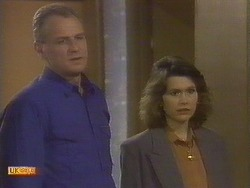 Jim Robinson, Beverly Marshall in Neighbours Episode 0757