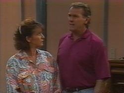 Pam Willis, Doug Willis in Neighbours Episode 1836