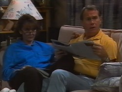 Pam Willis, Doug Willis in Neighbours Episode 1839