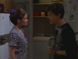 Julie Robinson, Michael Martin in Neighbours Episode 1839