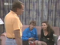 Doug Willis, Pam Willis, Gaby Willis in Neighbours Episode 1841