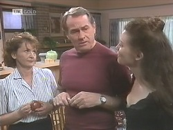 Pam Willis, Doug Willis, Gaby Willis in Neighbours Episode 1841