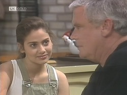 Beth Brennan, Lou Carpenter in Neighbours Episode 1841