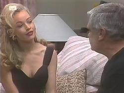 Annalise Hartman, Lou Carpenter in Neighbours Episode 1841