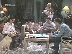 Dorothy Burke, Bouncer, Toby Mangel, Hope Gottlieb, Phoebe Bright, Stephen Gottlieb, Tom Merrick in Neighbours Episode 1842