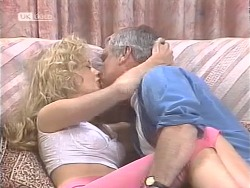 Annalise Hartman, Lou Carpenter in Neighbours Episode 1842
