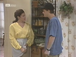 Julie Robinson, Michael Martin in Neighbours Episode 1843